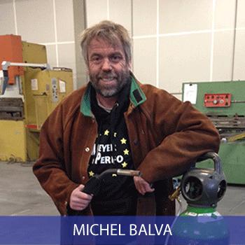 Michel, technicien transformation tôle perforée, caillebotis, grillage, métal déployé, sols industriels.